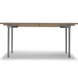 Moormann CH 322 Tisch - Eiche - lackiert - Auszug für 4 Platten einschl. 4 Holzstützbeinen