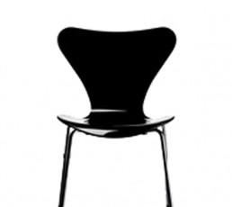 Fritz Hansen Serie Sieben 3107 - schwarz